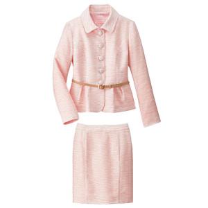 ピンクスーツ